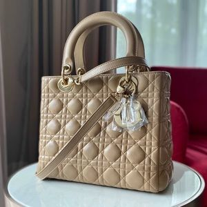 Dior lady Dior medium nude gold hardware